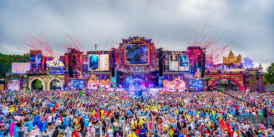 Tomorrowland Floats Idea of Third Weekend in 2021