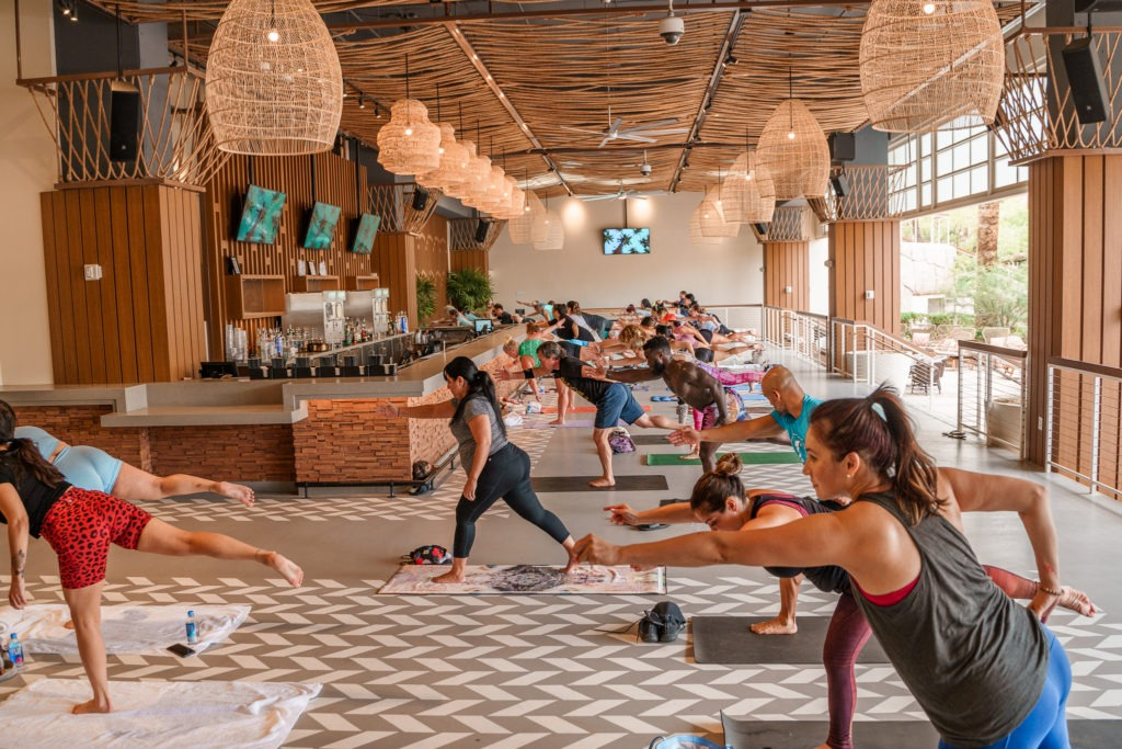 You Need to Check Out The Amazing Yoga Series at Élia Beach Club